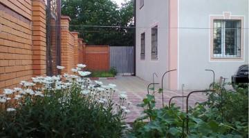 Предлагается к продаже 2 этажный дом в Малиновском районе