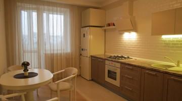 Квартира с ремонтом и мебелью в ЖК Вернисаж на Костанди