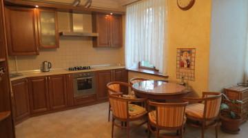 Аренда четырехкомнатной квартиры в ЖК Тенистый