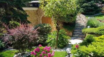 Продам отличный дом на 9 фонтана с бассейном