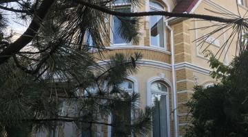 Предлагается к продаже  дом в Совиньоне с прямым видом моря!