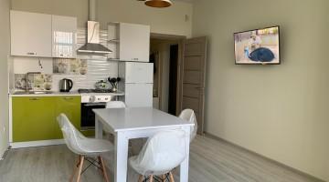 Сдается двухкомнатная квартиру на 10 Фонтана в новом доме