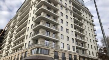 В продаже квартира в новом доме на Азарова!