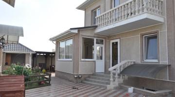 Продажа двухэтажного дома с бассейном, Совиньон-3. Участок 5 соток.